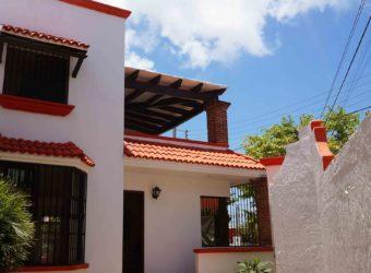 Casa estilo colonial en venta en el Centro de Cancún con una excelente ubicación
