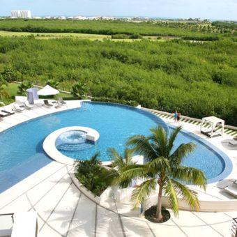 Departamento en Venta con Increíble Vista al Mar Caribe en Puerto Cancun